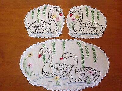 Vintage Swan Embrodery Duchess Set