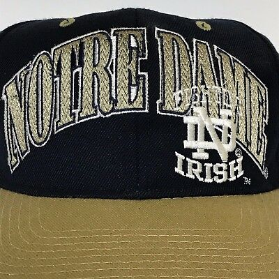 VINTAGE Notre Dame Fighting Irish Hat Snapback Cap 90's College NCAA Starter Arc