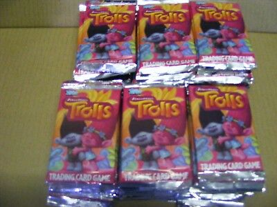 60 SEALED PACKETS  of TROLLS TRADING CARDS  (topps, dreamworks)