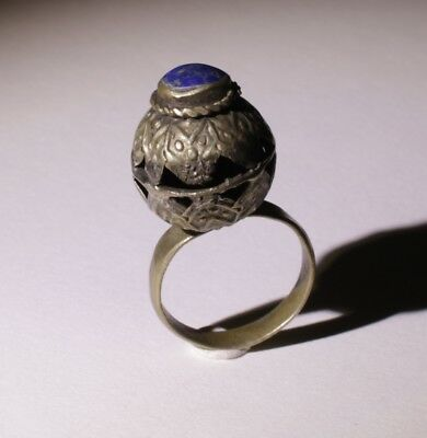 Nice Post Medieval Silver Ring With Lapis Lazuli - No Reserve! 0011
