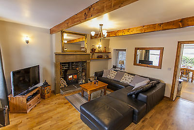 Mulberry Cottage - 5* Holiday Cottage in Haworth, Yorkshire (sleeps 4)