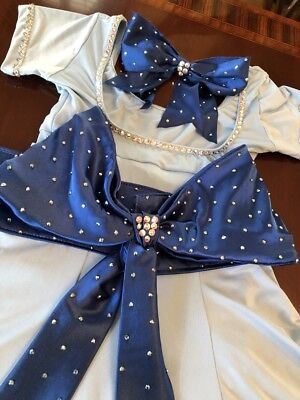 Pre-Owned Wendy Ice Skating/Dance Costume with Matching Bow Girls Large/Women's