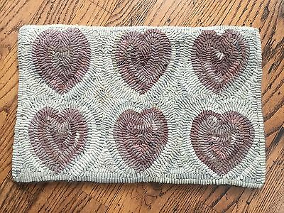 Hand Made Primitive Style Hooked Rug Soft Rose Mauve Pink Hearts On Neutral