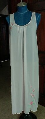SHADOWLINE Pink Nylon Embroidered ROSE Gown Nightgown  Size Medium