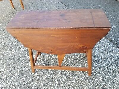 Vtg Rustic Hunt Country Furniture Drop Leaf Turtle Top Side Occasional Table