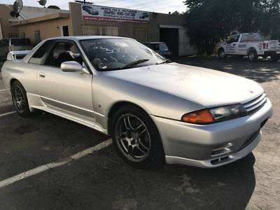 1993 Nissan GT-R  1993 JDM RHD NISSAN SKYLINE GTR R32 BNR32 RB26DETT 5 SPEED MANUAL 59500 mi ONLY