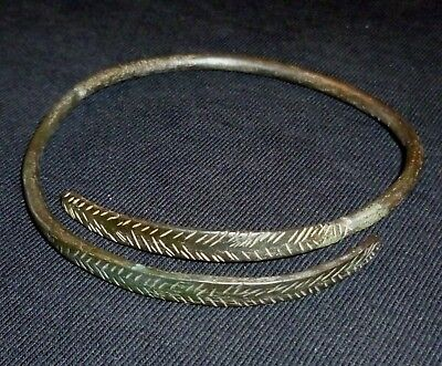 VIKING Ancient - Bronze SNAKE BRACELET - Circa 7th - 9th Century AD        /364