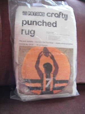 Patons Crafty Punched Rug - stencil only 90cm Diameter