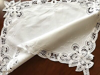 VINTAGE HAND EMBROIDERED WHITE COTTON RIBBON LACE TABLE CENTRE CLOTH 18x14 INCH