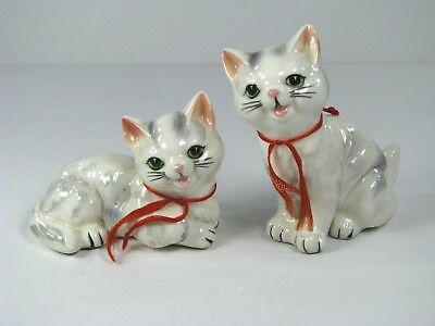 Vintage White Grey Cat Cats Salt And Pepper Shakers Japan With Corks Red Ribbons