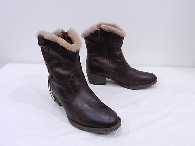045d46e93d36 BORN Womens 8 Shearling Lined Brown Leather Side Zip Cowboy Ankle Boots  Booties