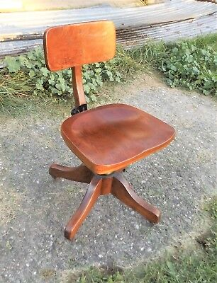 Antique Solid Oak Swivel Office Desk Chair Completely Adjule Beautiful