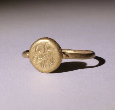 £475.... Lovely Ancient Roman Gold Seal Ring  Circa - 2Nd Century Ad