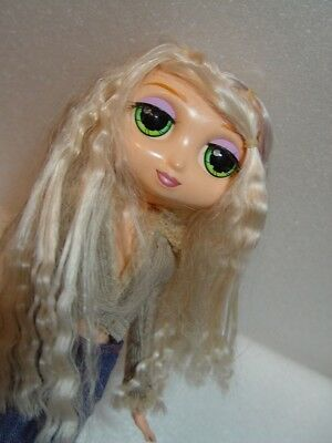 "Diva Starz doll MIRANDA talks/light up lips/ orig 11"" /GN EYES/WHT HAIR htf"