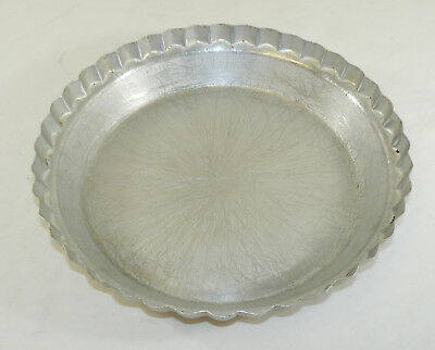 "Vintage Wear-Ever Tacuco Aluminum No. 2865 Fluted Deep Dish 10"" Pie Pan USA"