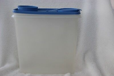 Tupperware 469 Cereal Keeper Canister Sheer Blue Lid Seal Vintage 13 Cup EUC