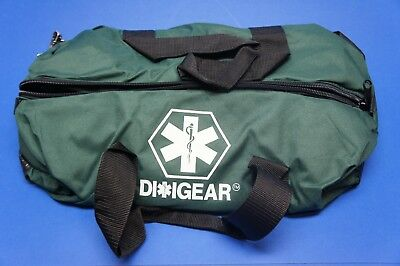 Diligear Oxygen Bag Green Clamshell Zipper 22 in x 10 in x 10
