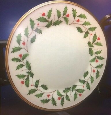Lenox Holiday Christmas China 8 125 Inch Salad Or Dessert Plate Holly Berry