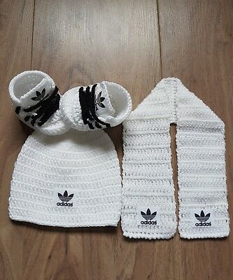 handmade crochet baby hat,shoes,and scraf set 3-6 months