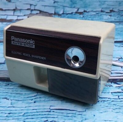 W31- Vtg PANASONIC AUTO STOP ELECTRIC PENCIL SHARPENER MODEL KP-110 MADE JAPAN