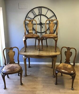 Queen Anne Style Dining Table And 4 Chairs, Burr Wanut, Antique 1920 / 1930