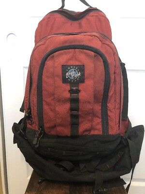 Eagle Creek Travel Gear Convertible Backpack Duffel Travel Bag Red Pre-Owned