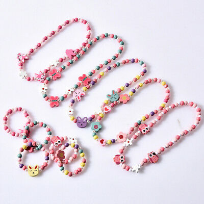 1sets Wooden beaded cartoon animal necklace girl party supply gift SR