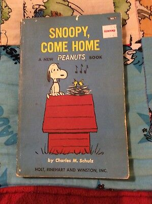 PEANUTS SNOOPY BOOK by CHARLES SCHULZ 1ST EDITION SNOOPY COME HOME USED