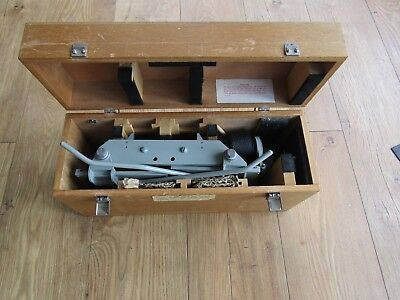 rare Stereoscope photo 3D viewer in case
