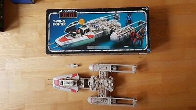 Star Wars Hasbro Vintage Collection Y-Wing Fighter  //