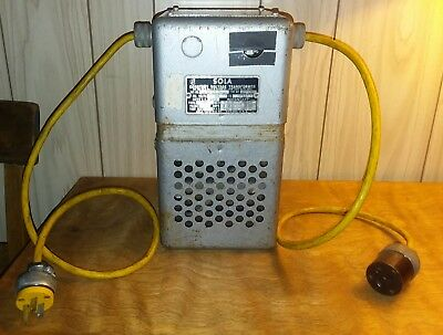 Sola Constant Voltage Transformer CAT. NO. 20-13-125 / B8143 Type No. CV1 L@@K