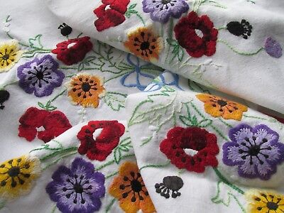 Vintage Hand Embroidered Linen Tablecloth-BEAUTIFUL FLORAL POSIES