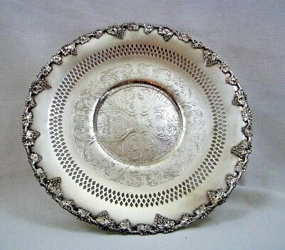 """Wm A Rogers Silverplate Old English Reproduction 10 1/2"""" Plate - Excellent"""