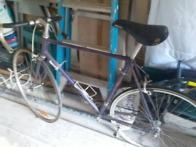 Road Cycle Bicycle in used condition and  in working order
