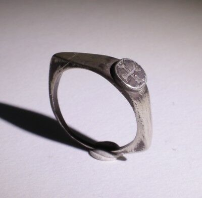 LOVELY ANCIENT ROMAN SILVER RING WITH CROSS - CIRCA - 2nd CENTURY AD