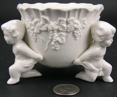 Mid Century Lefton China RENAISSANCE Cherub Putti Grapevine Compote 3573 Planter
