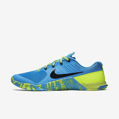 sneakers for cheap ef869 8e171 Nike Femmes Metcon 2 Amp Baskets Chaussures Bleu Brille Volt Noir 843972 400