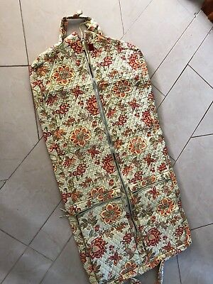 Williamsburg Quilted Garment Bag