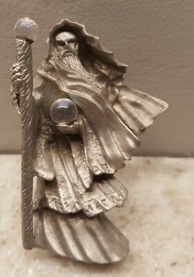 Gallo pewter wizard figurine with crystal ball on staff