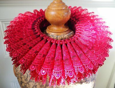Tudor Elizabethan Renaissance neck ruff. Red lace and pearls