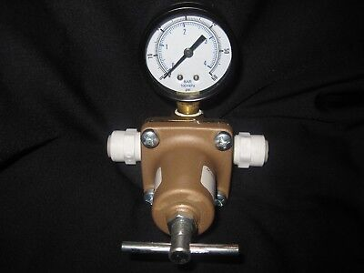 Watts Water Pressure Regulator (New With Out Box)