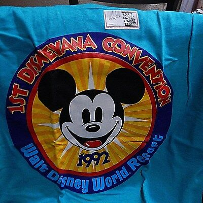 New Lower Price * WDW- 1st Florida Disneyana Convention T-Shirt. Never Worn