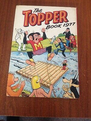 The Topper Annual 1977 Beano Dandy