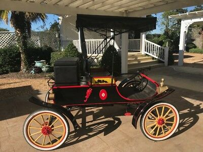 "1903 Oldsmobile Other Red 1903 Oldsmobile Model R Curved-Dash ""Runabout"" Earlier Restoration"