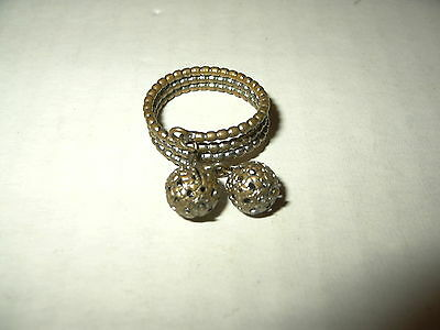Vintage Artisan Brass & Silver Tone With 2 Moveable Balls Ring - Size 7 1/2