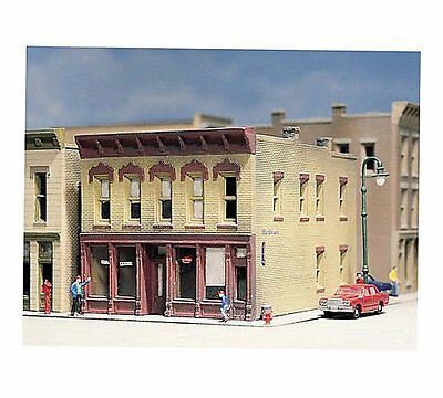 Woodland Scenics DPM - HAYES HARDWARE - N Scale Building Kit 50200