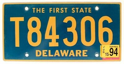 """Delaware 1994 """"The First State"""" Tailer License Plate, T84306"""