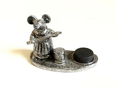 Metzke Pewter Mouse Magnetic Thimble Holder 1981