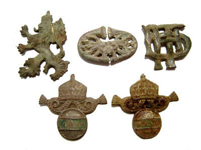 LOT of 5 pcs. INTERESTING ANTIQUE MILITARY INSIGNIAE AND MOUNTS, AS FOUND!!!