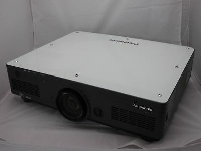 Panasonic PT-D5700 Projector - 6000 Ansi HD Tv VGA 4:3 DLP Projector (ID14138)
